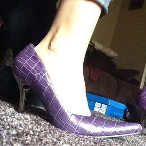 Steve Madden Purple Snakeskin Heels!
